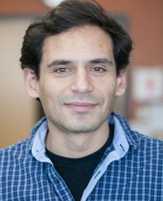 Headshot of Daniel Amador-Noguez