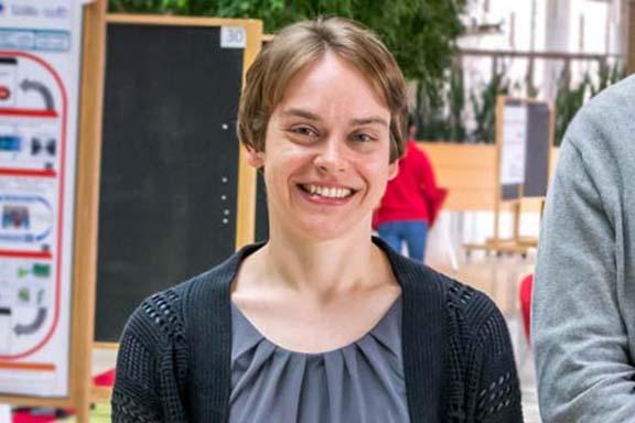 Sarah Neuman headshot