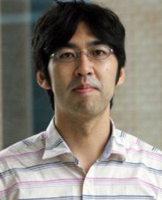 Headshot of Aussie Suzuki