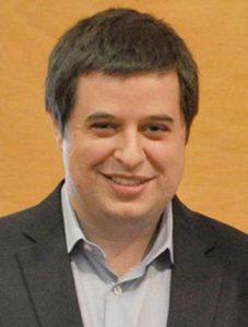 Andre Sousa Headshot